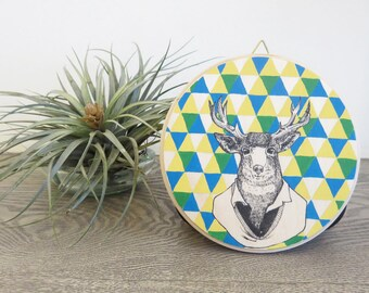 Round Plaque - Hand Painted Illustration - Cerfs de Messieurs