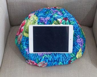 "IPAD Bean Bag in Amy Butler ""Hapi"" in Tapestry Rose In Sapphire"