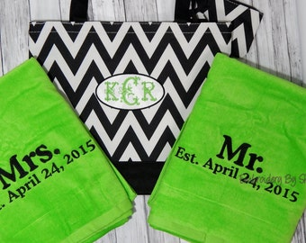 Mr and Mrs.Towels and Beach bag - Wedding shower Gifts -100% Terry Velour Beach towels - Chevron Beach bag Monogrammed- Embroidey Towels