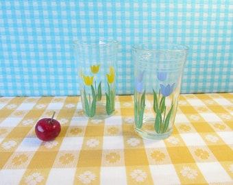 Vintage Swanky Swigs Juice Glasses - Tulips - Set of 2 - Hazel Atlas - Mid Century 1940's