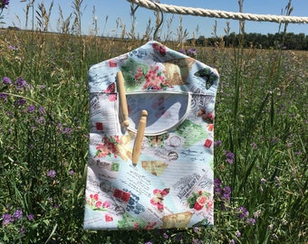 Vintage Clothespin Bag, Peg Bag, Housewarming Gift, Laundry Clothespin Storage, Clothespins