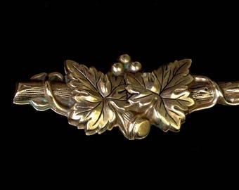 Marino Victorian Revival brooch - gold tone leaves