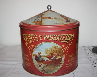Vintage metal box, contained the PANETTONE BATTISTERO, original made in Italy