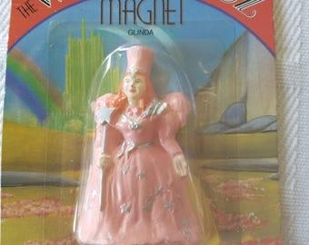 Glinda Magnet by Vanderbilt