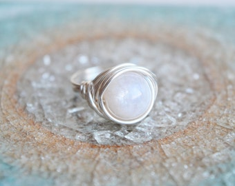Moonstone Ring, Wire Wrapped Moonstone Ring, Wire Wrapped Ring, Moonstone Jewelry, Semi Precious Ring