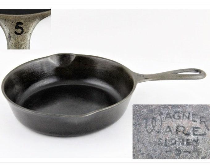 Vintage WagnerWare Cast Iron Skillet #5 1055B