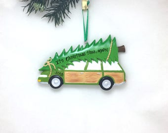 Christmas Tree on Station Wagon Personalized Christmas Ornament / Bringing Home the Tree Ornament / Choosing the Tree