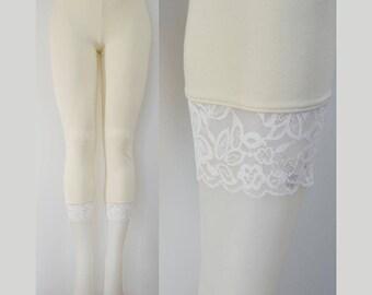Sweetass Basics:  Cream Bamboo Leggings With White Lace Trim