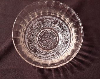 "Kig Indonesian 7.5"" glass  serving bowl"