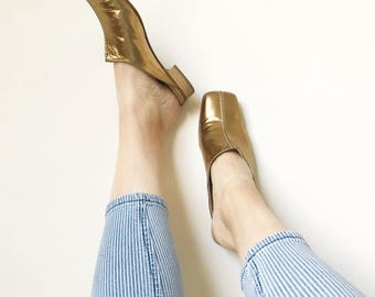 90s PASSPORT GOLD MULES leather size 39