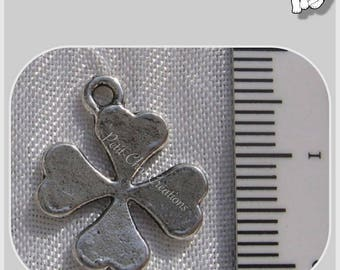 4 CHARMS SILVER CLOVER BEADS HAS 4 LEAVES * B8