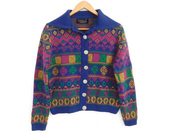 Sz M 1960s Catalina Jacquard Women's Sweater -Colorful Vintage Patterned Snowflake Blue Fuschia Green Gold Button Front Cardigan Ski Sweater