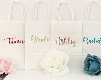 Bridesmaid gift bags/Bridesmaid Gifts/Personalized Gift bags/Wedding/Gift bags/Custom Gift bags/Gift ideas/Wedding gift ideas/Bridesmaids