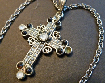 30% SALE-Black & White Beaded Silvertone Vintage Cross, Cross Pendant with Crystals, Cross and Neck Chain, Cross Necklace