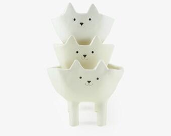 White Cat Planter, White Ceramic Animal Plant Pot, Succulent or Cacti Planter