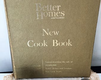 Better Homes and Gardens NEW Spiral Gold Cover Limited Souvenir Edition Cookbook 1965