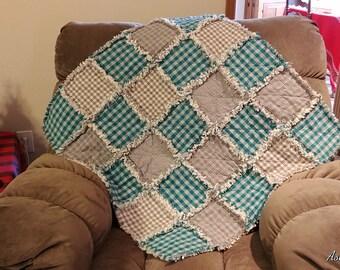 Rag Quilt, Small Crib Size Rag Quilt, Baby Rag Quilt, Homespun Rag Quilt, Primitive Rag Quilt, Farmhouse Quilt, Rag Quilt
