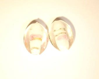 The Lot(Prize) of 2 pearl silver leaves with oval white glass pink(rose) 20mm