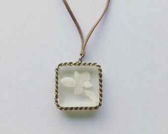 Baby leaf pendant