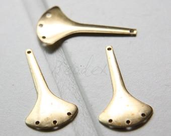 30pcs / Earring Finding /  One To Three / Fan / Pendant / Charm / Raw Brass (C3022//F16)