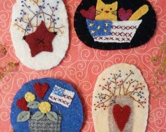 PATRIOTIC Wool PINS Pattern PDF - wearable jewelry americana cat berries flag brooch primitive embroidery