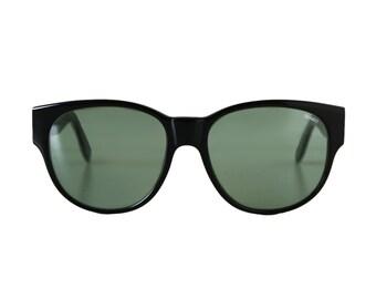 black oversized sunglasses - large vintage sunglasses from the 1980s - retro sun glasses deadstock - square wayfarer style - glass lenses