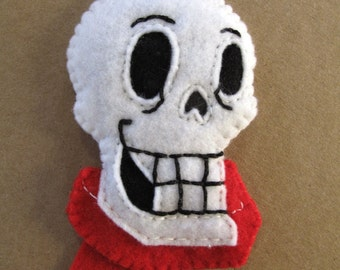 Papyrus the skeleton from Undertale. A felt charm hand sewn in 2D