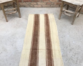 Turkish Rug, Wool Rug, White Kilim, vintage rug, Runner Rug, Kilim Fabric, Nursery rug, New Home Gift, Unique Gift, Kilim Rug, 2.13x5.58 ft