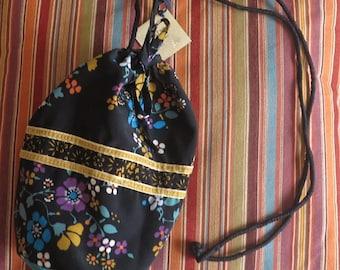 "Little black bag ""Unic"" vintage floral fabric"