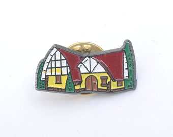 House, house pin, house brooch, fairy house, medieval, enamel pin, lapel pin, backpack pin, pin badge, medieval town, fantasy, architecture