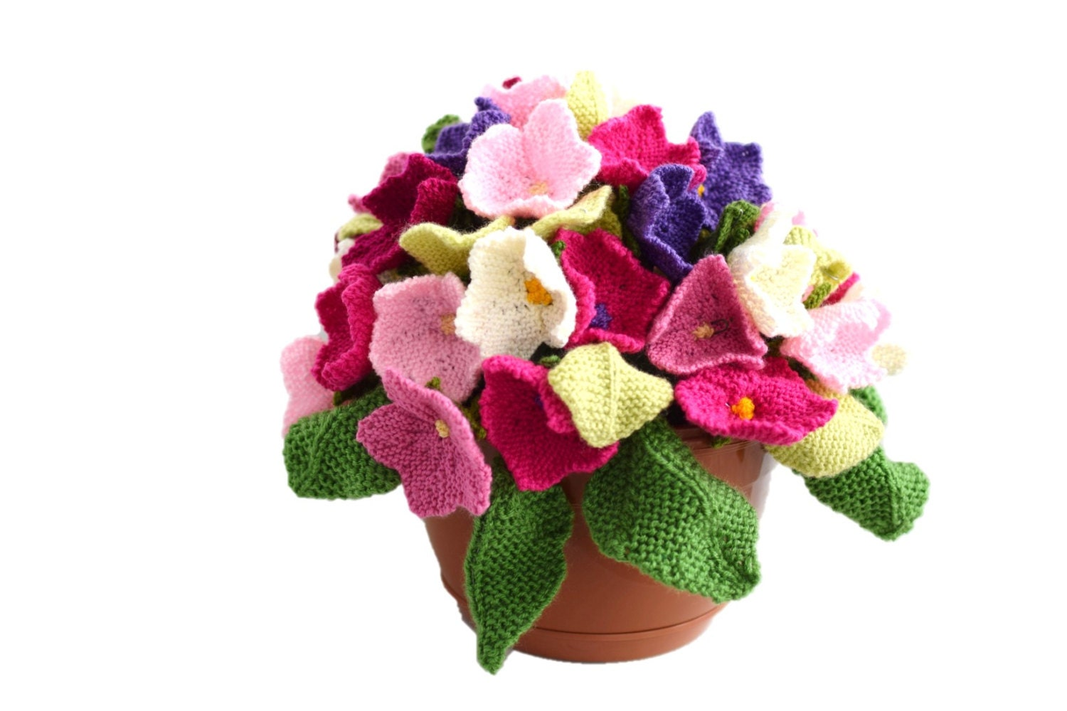Flower knitting pattern, Knitted flower arrangement, knitting ...