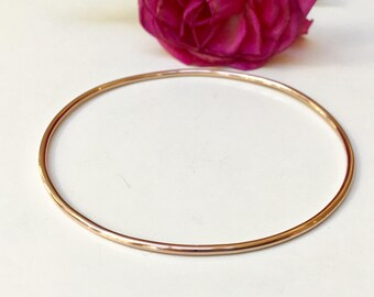 Solid Rose Gold Bangle. 14K Solid 14 Gauge/1.63mm Thick Full Round Wire Smooth or Hammered 14K Solid Gold Bangle Heirloom Quality Marked 14K
