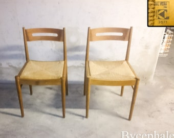 A pair of Vintage chairs signed Dal Vera Italy Mid 20th century modern era 1960 rope seat Charlotte Perriand Pierre Chapo style