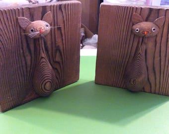 Antique Wooden Cat Bookends, Sculpture Cats, Set of Bookends, Book ends, 1960s, Folk Art, Japanese wood burning, Otagiri Mercantile Co.
