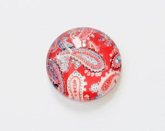 Glass cabochon 20mm illustrated Paisley on red background