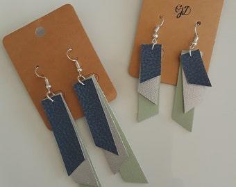 The Delight Earrings - Mint Blue