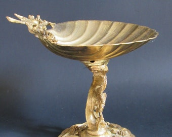 Vintage Tole Small Birdbath Shell Floral Gold Finished