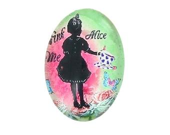 Set of 2 cabochon 25mm x 18mm oval glass Alice the Wonderland