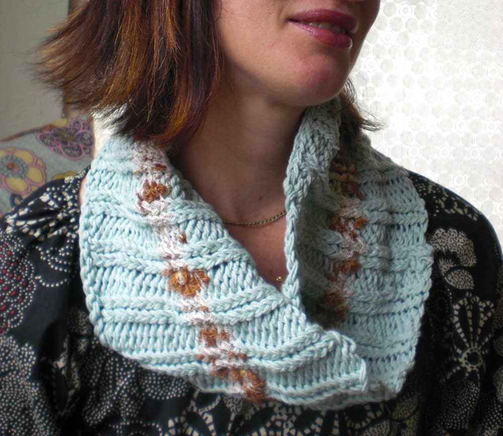 Old Fashioned Mobius Scarf Knitting Pattern Pictures - Blanket ...