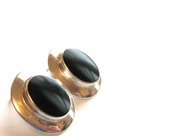 Vintage sterling silver and black onyx oval stud earrings domed pierced womens