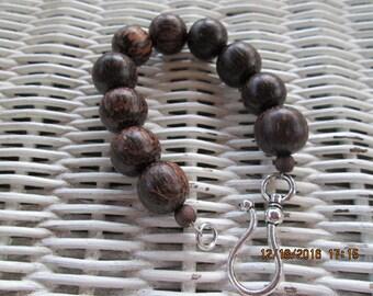 221  Wood beaded handmade bracelet