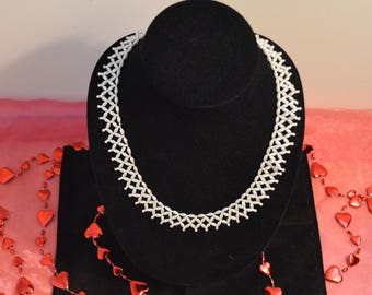 "Vintage 1950's ""Pearl"" Collar Choker"
