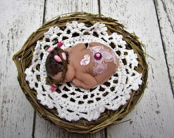 Sealed with a Kiss 2.5 inch Polymer Clay Baby in Nest