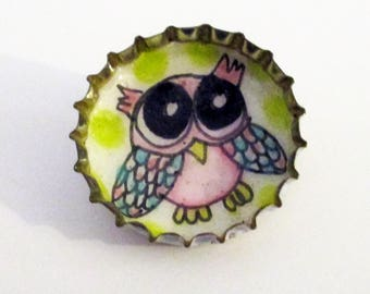 Owl - Bottle Cap Pin, pinback button, Original Drawing Illustration, purple, animal lover gift, kids, teen, recycled, bird button