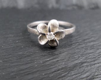 Sterling Silver Flower Ring with Rhinestone | Size 6.25 | Vintage Womens Sterling Silver Ring