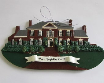 House ornaments with ribbon