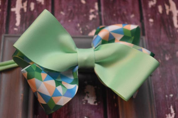 Mint green and blue geometric print bow - Baby / Toddler / Girls / Kids Headband / Hairband / Hair bow / Barette / Hairclip