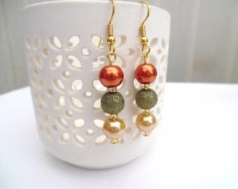Fall Theme Pearl Earrings, Autumn Colours, Jewelry For Fall, Beaded Earrings, Dangle Earrings, Burnt Orange Earrings, Thanksgiving Jewelry