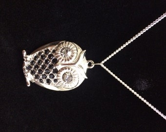 Silver Owl necklace with black and white stones