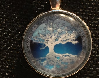 Silver/Blue Tree of Life in a Glass Cabochon Pendant